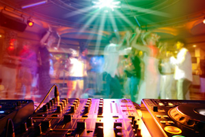Need a DJ ? Disco ? or Hire ?Call FREE on 0800 6 44 44 55 or visit KickItEntertainment.co.uk